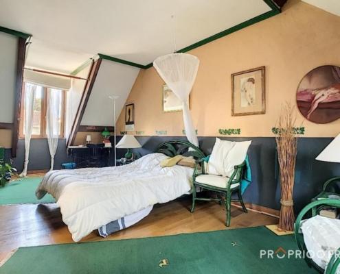 Maison - saint maur- adamville- chambre