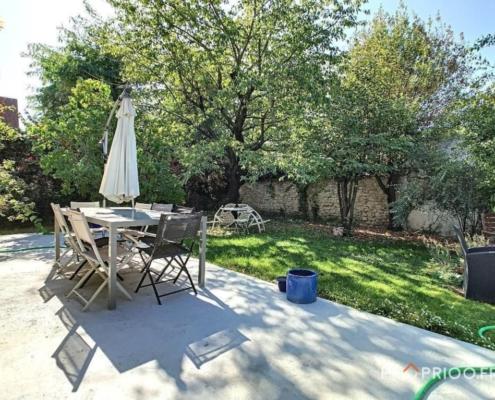 Maison - saint maur- adamville- jardin